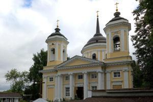 Храм Преображения Господня в Балашихе: усадьба Пехра-Яковлевское
