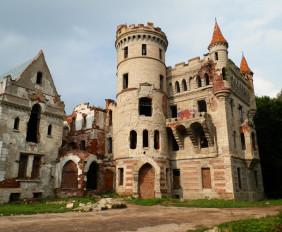 Усадьба (замок) Храповицкого в Муромцево