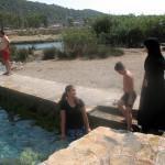 Минеральный источник в Турции или ледяной бассейн в Демре-Кекова