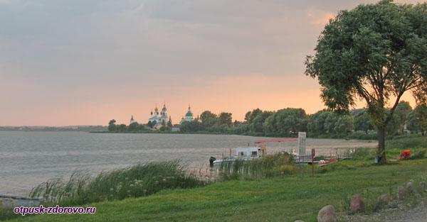Купола Спасо-Яковлевского монастыря, Ростов Великий